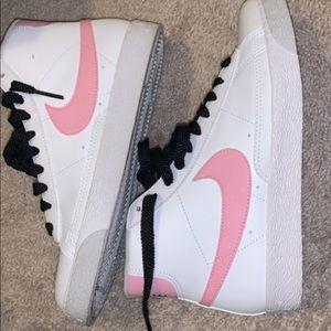 Shoes - Nike blazers 7y girls grade school